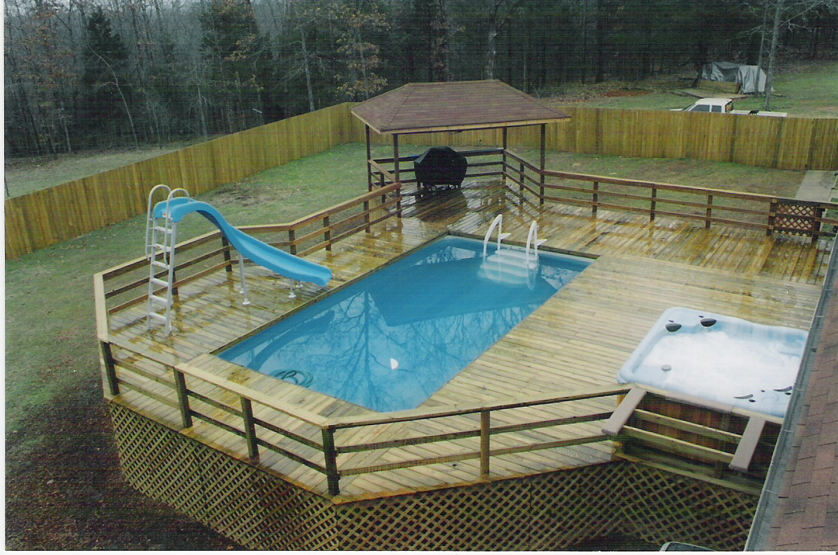 Image of: Above ground pool deck designs Cost
