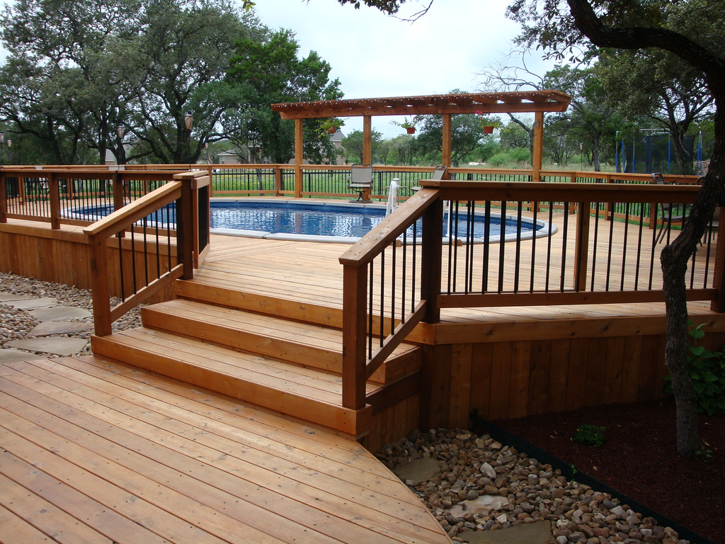 Image of: Above ground pool deck designs Images