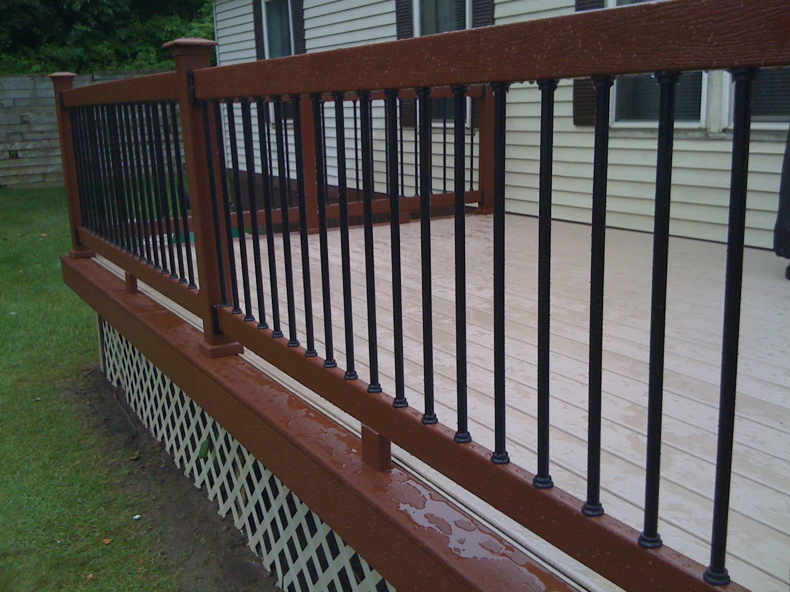 Image of: Amazing Metal Balusters For Deck