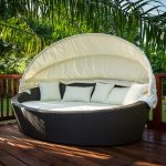 Amazing Outdoor Daybed