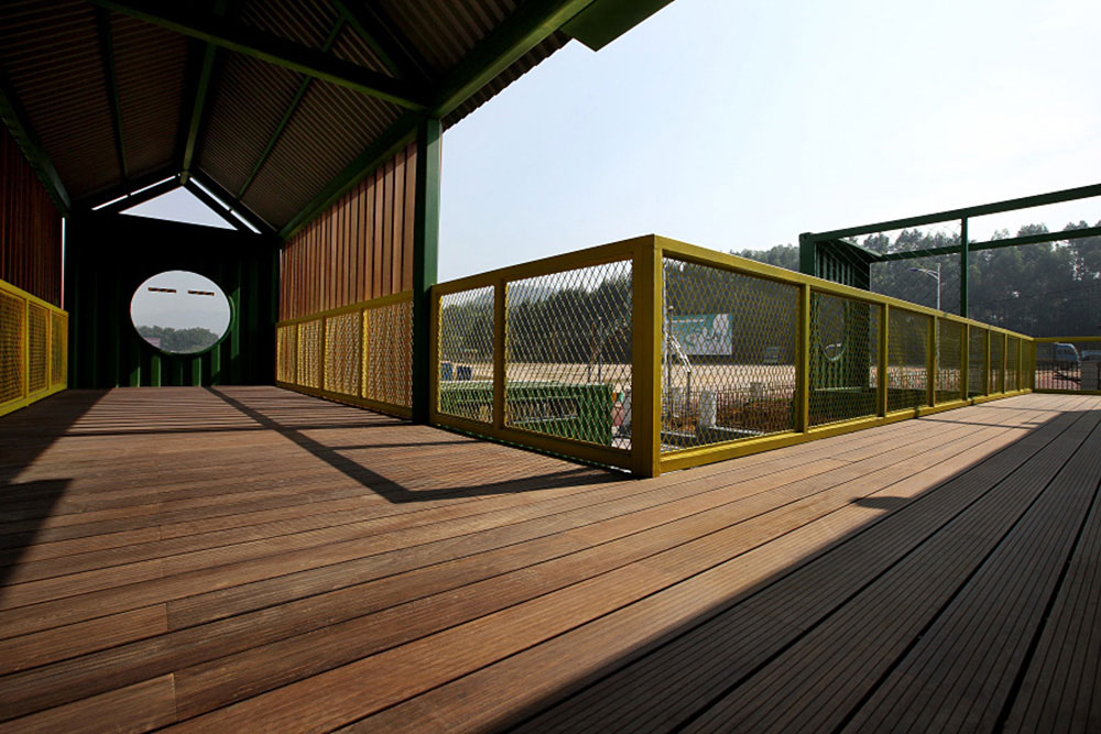 Image of: Bamboo Decking Cost