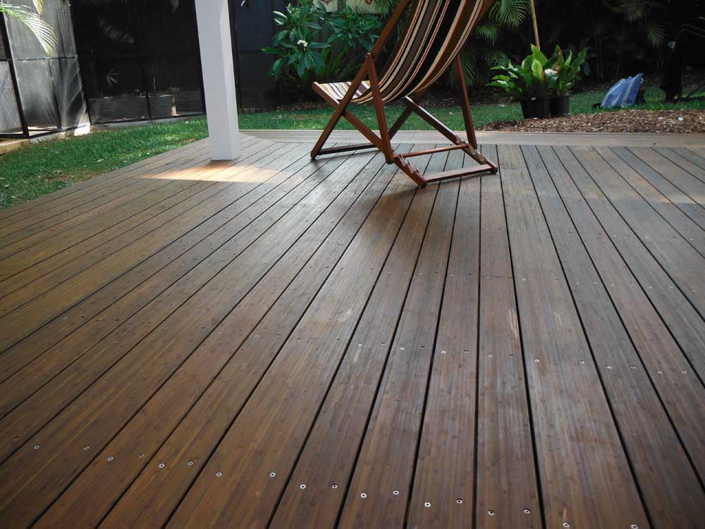 Image of: Bamboo Decking Problems