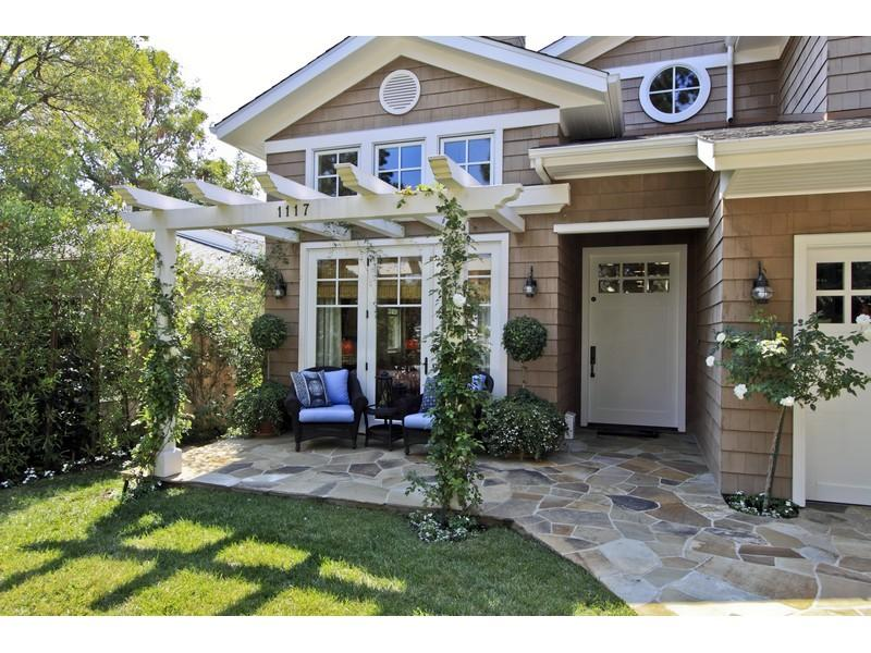Image of: Best Front Door Pergola Design