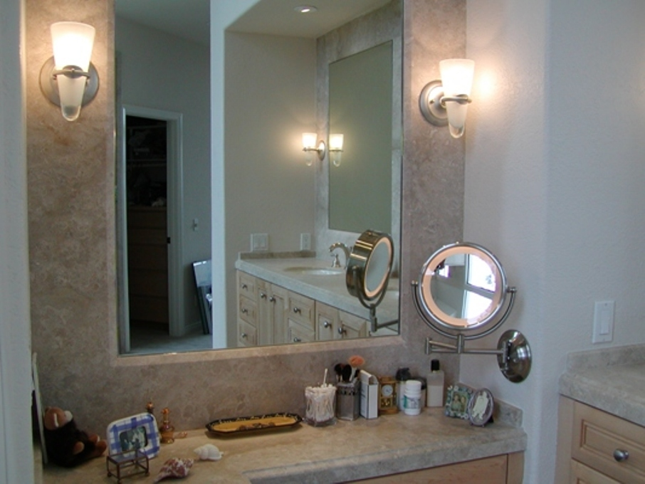 Image of: Quality Bath Lighted Makeup Mirror Wall Mounted