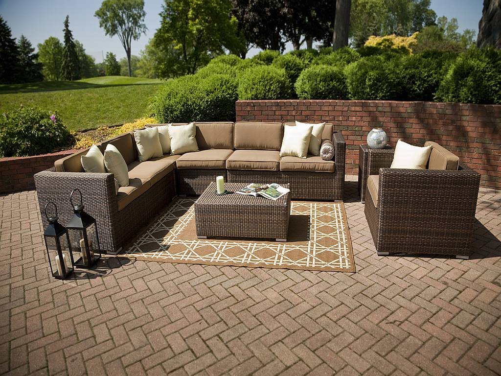 Image of: Best Outdoor Sectional Furniture
