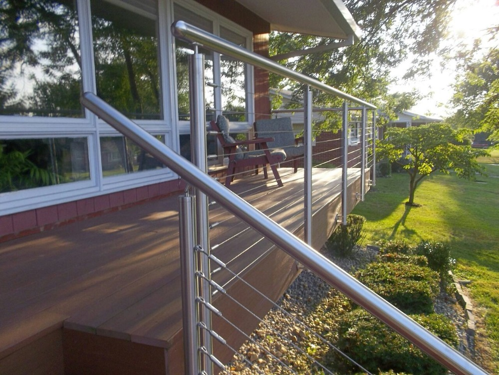 Image of: Best Stainless Steel Deck Railing