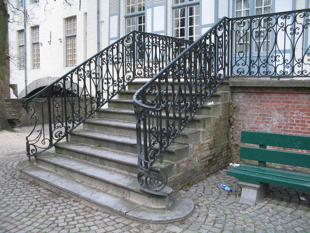 Image of: Best Wrought Iron Deck Railing