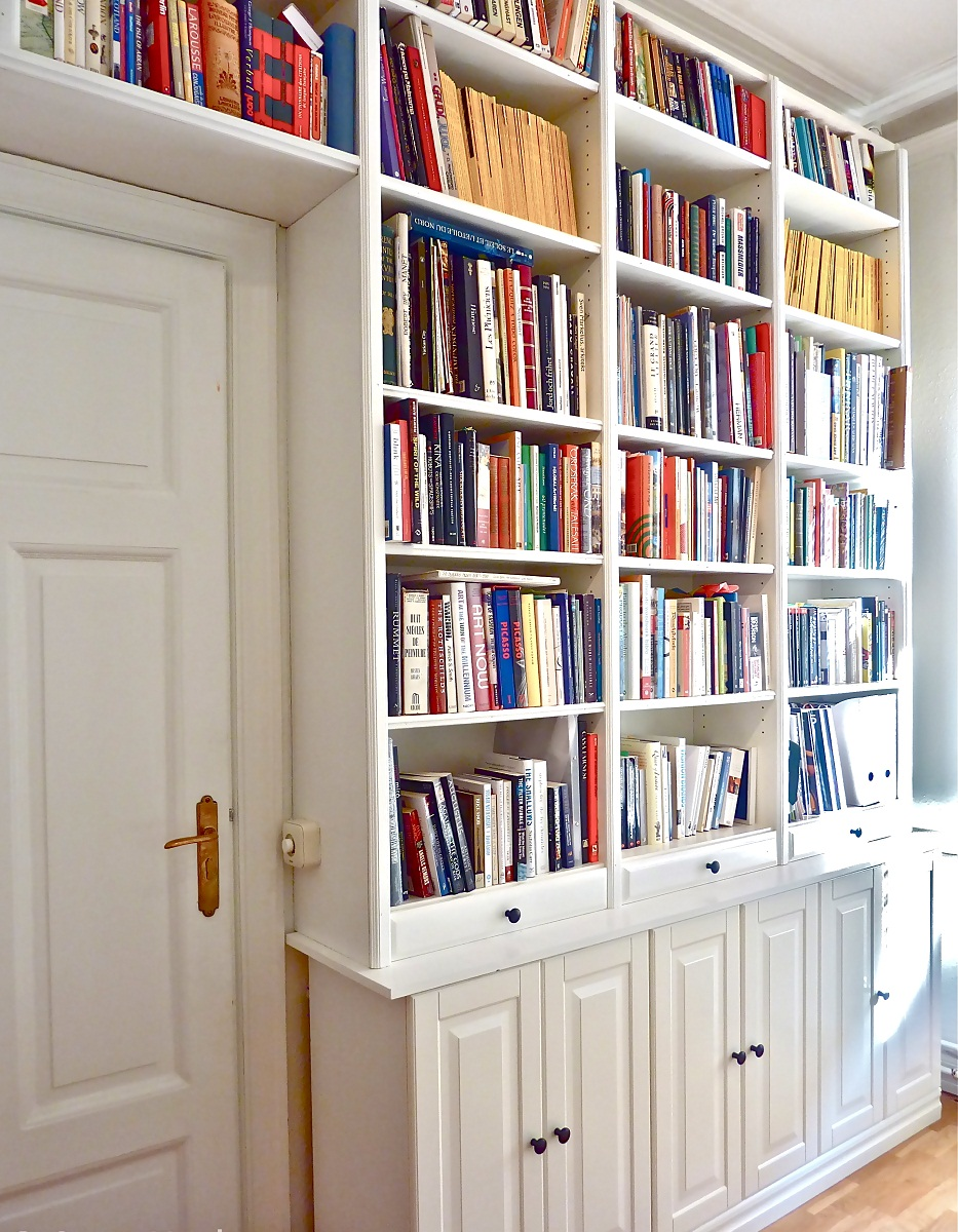 Image of: Billy Bookcase on Wall