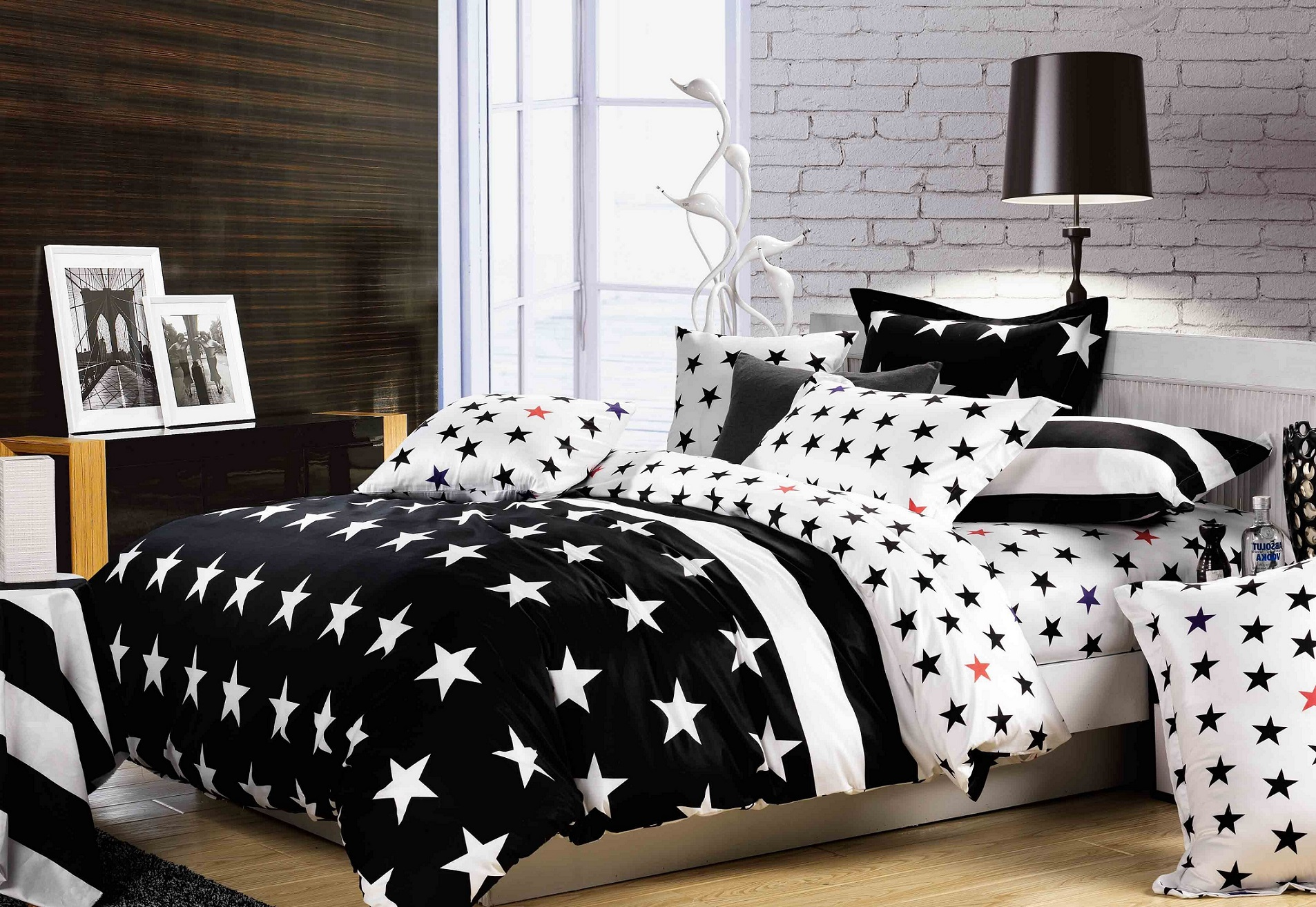 Image of: Black and white bedding Sets