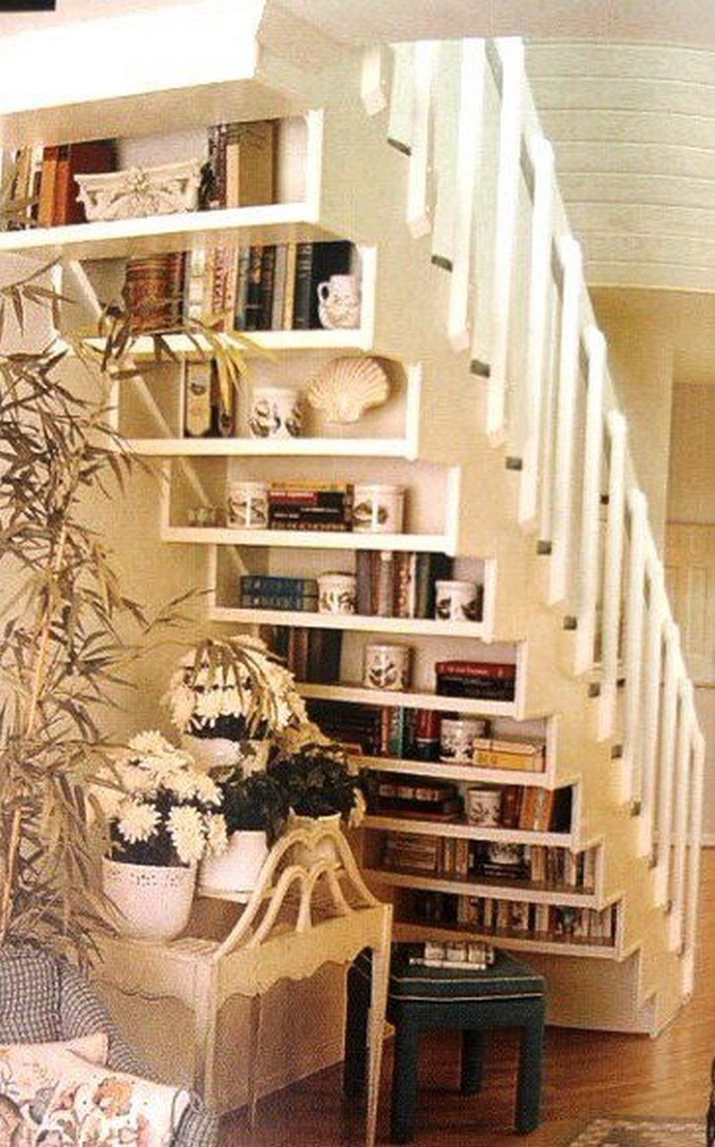 Image of: Bookcase Plans Under Stairs