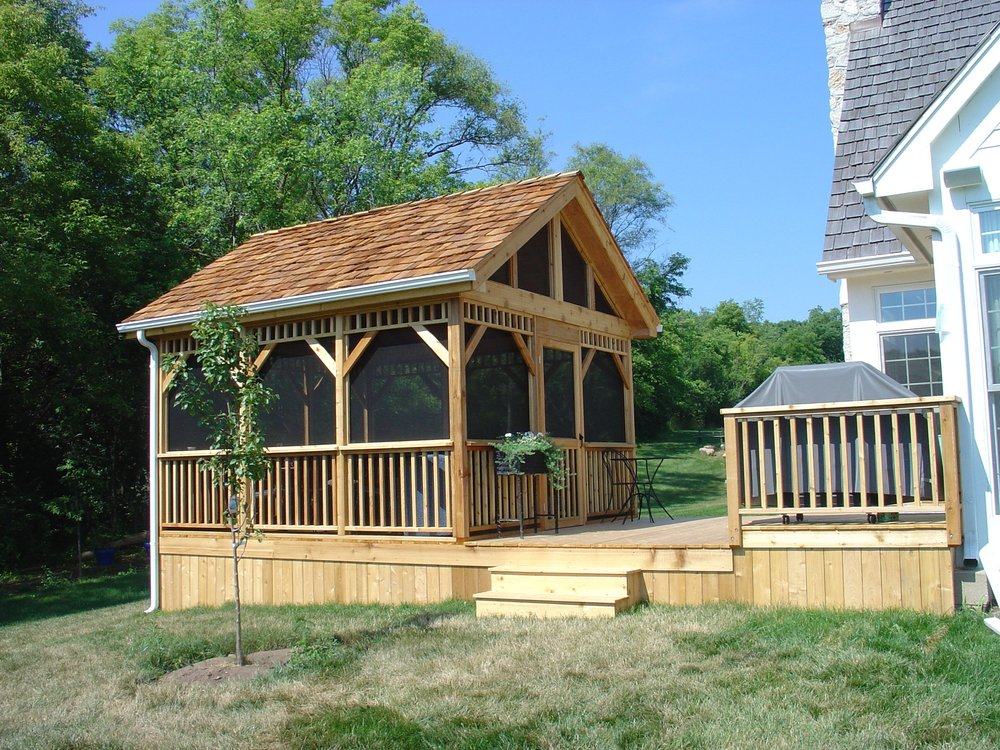Image of: Build Screen Rooms for Decks