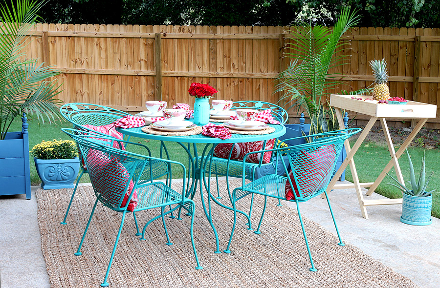 Image of: Cast Iron Patio Furniture Color