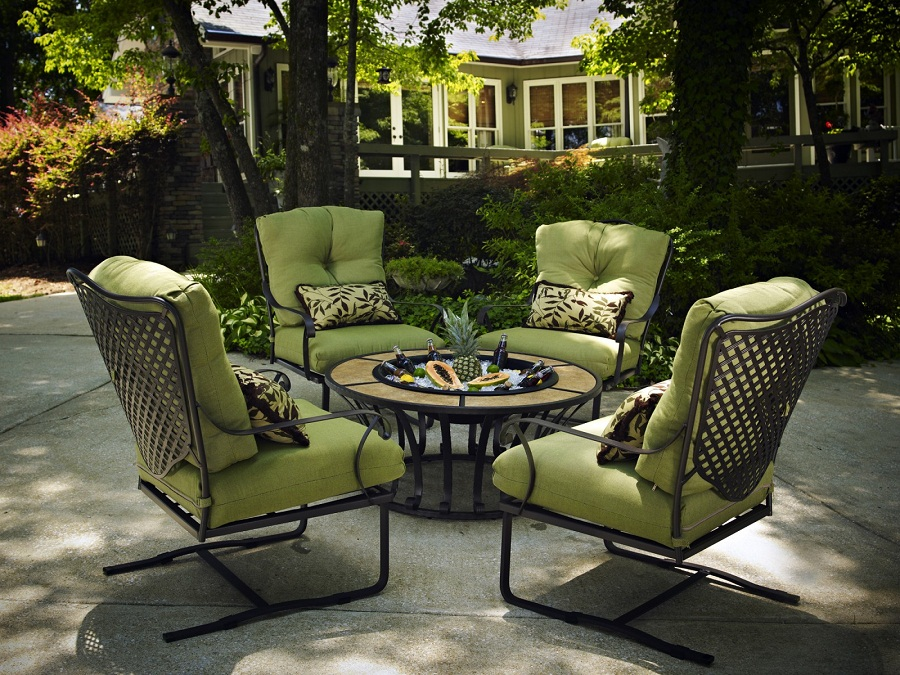 Image of: Cast Iron Patio Furniture Cushions