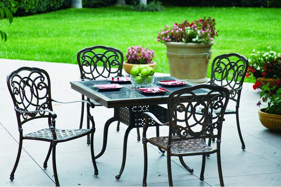 Image of: Cast Iron Patio Furniture Dining Sets