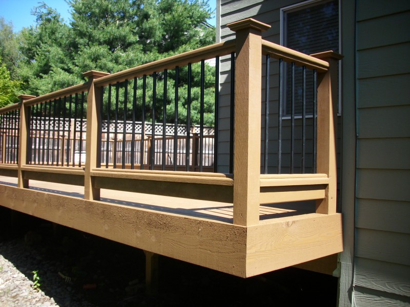 Image of: Cheap Metal Balusters For Deck