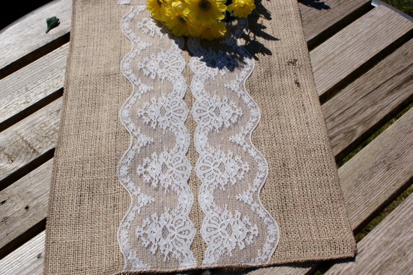 Image of: Colored Lace Table Runners