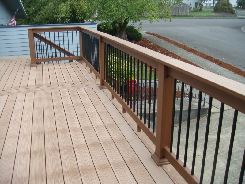 Image of: Composite Deck Railings Ideas