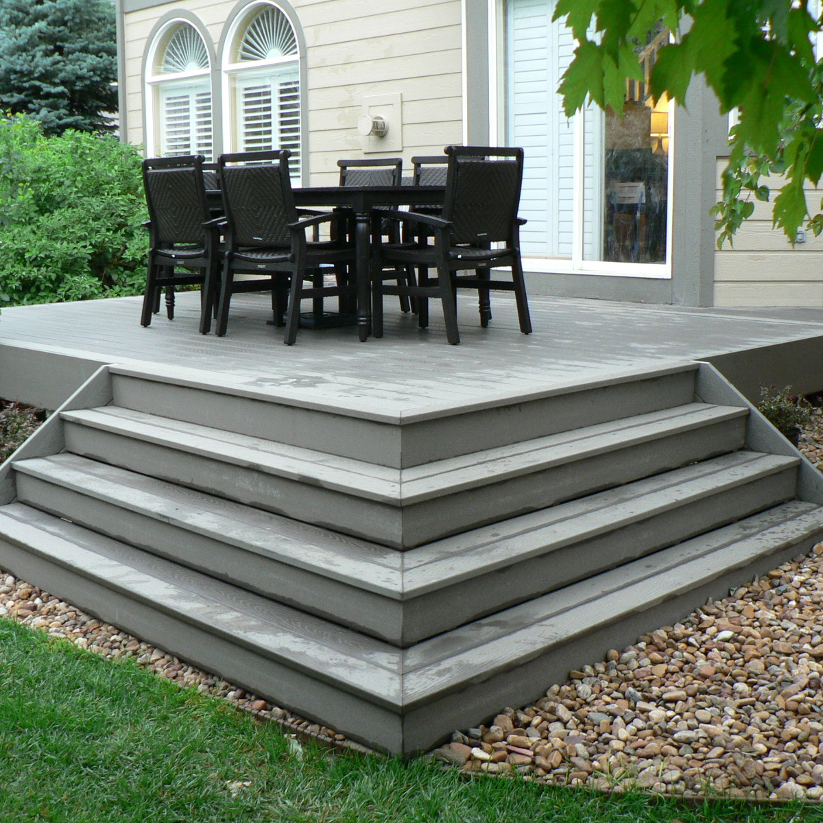 Image of: Composite Deck Stairs Gray