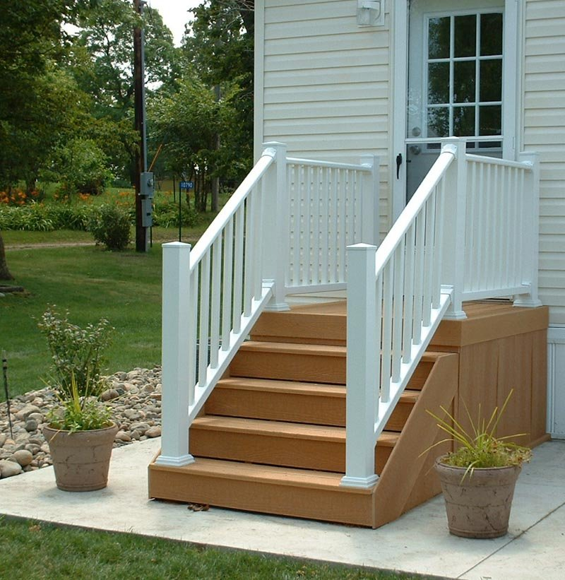 Image of: Composite Deck Stairs Paint