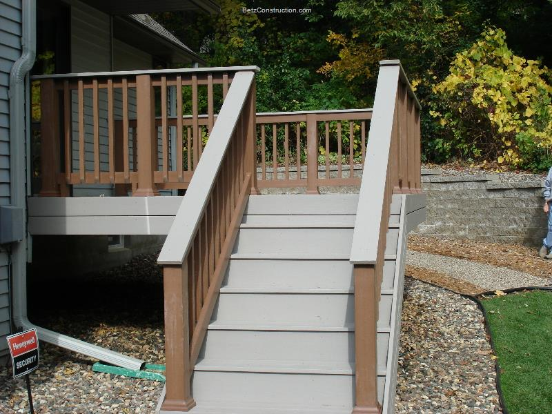 Image of: Composite Deck Stairs Style