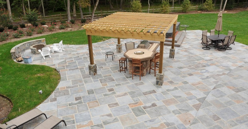 Image of: Concrete and Paver Patio Designs