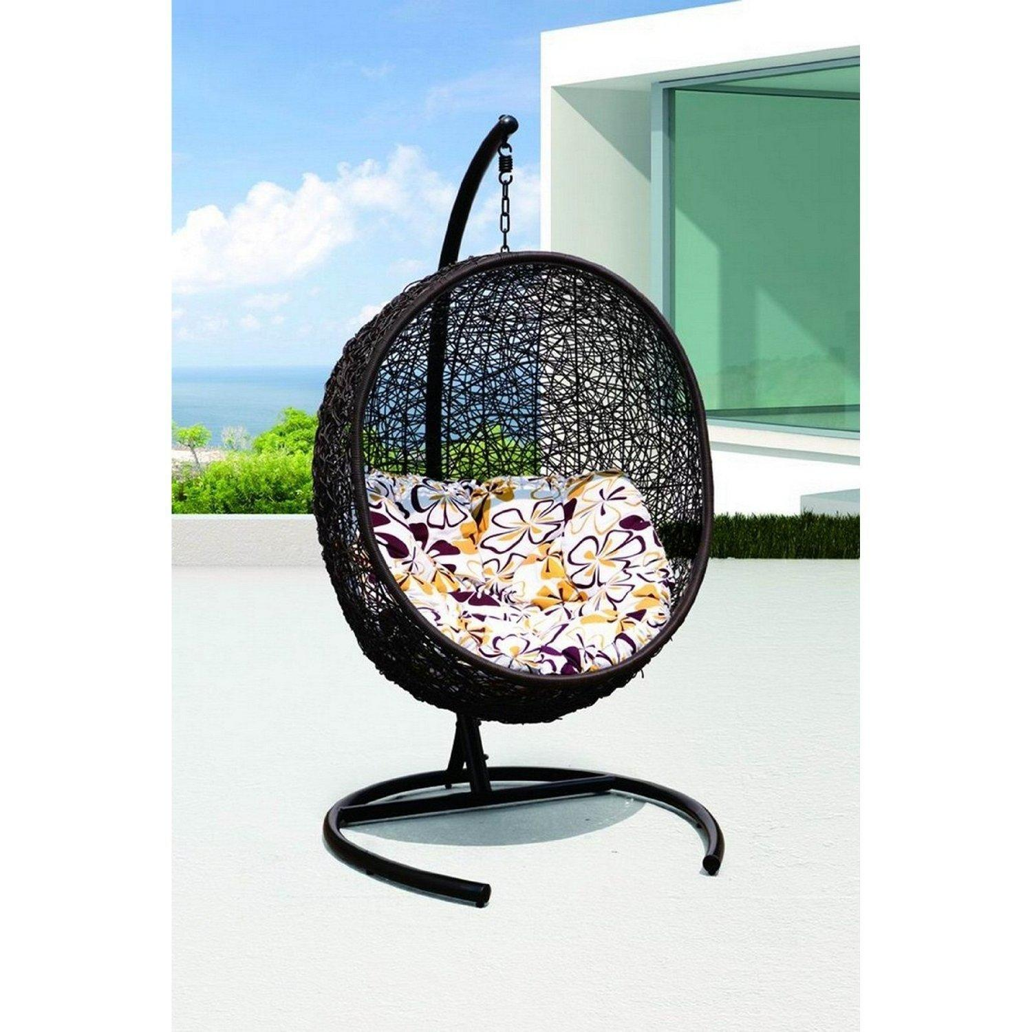 Image of: Contemporary Wicker Patio Chair