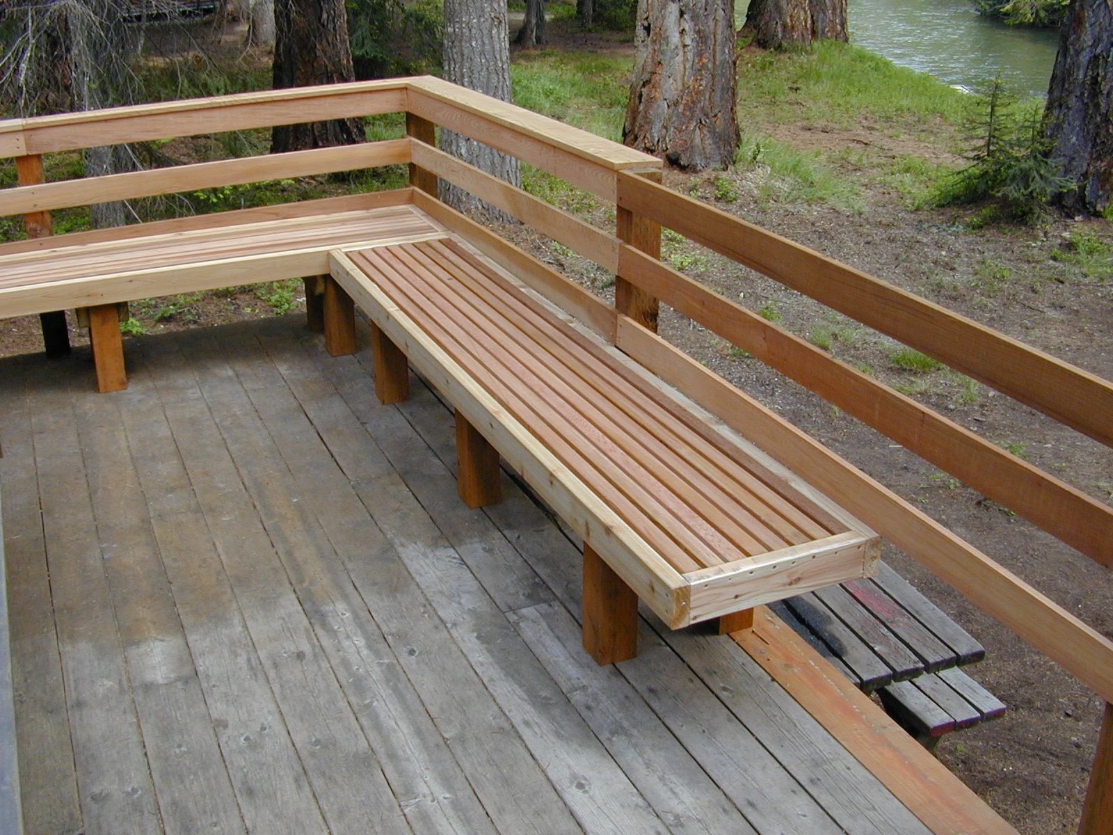 Image of: Cool Deck Rail Ideas