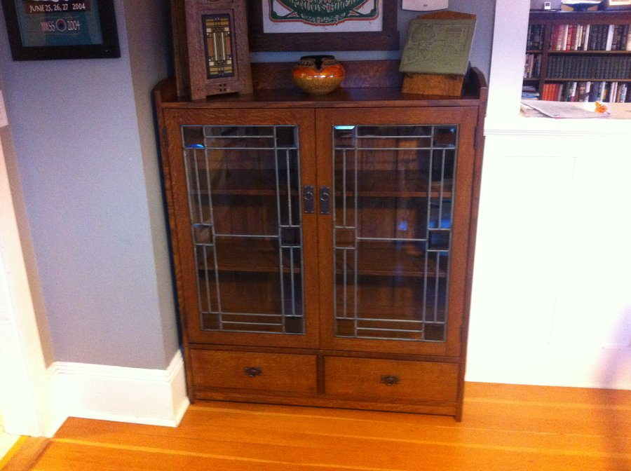 Image of: Craftsman Mission Bookcase