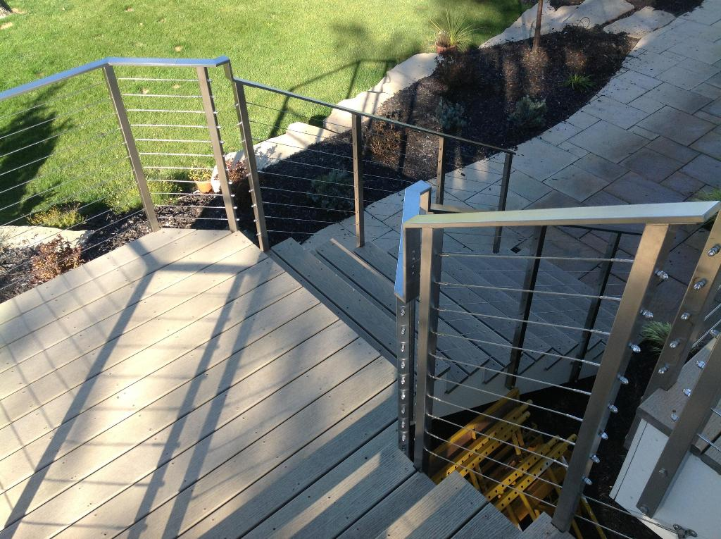 Image of: Deck Cable Railing