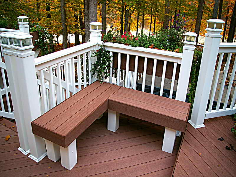 Image of: Deck Seating Ideas Corner