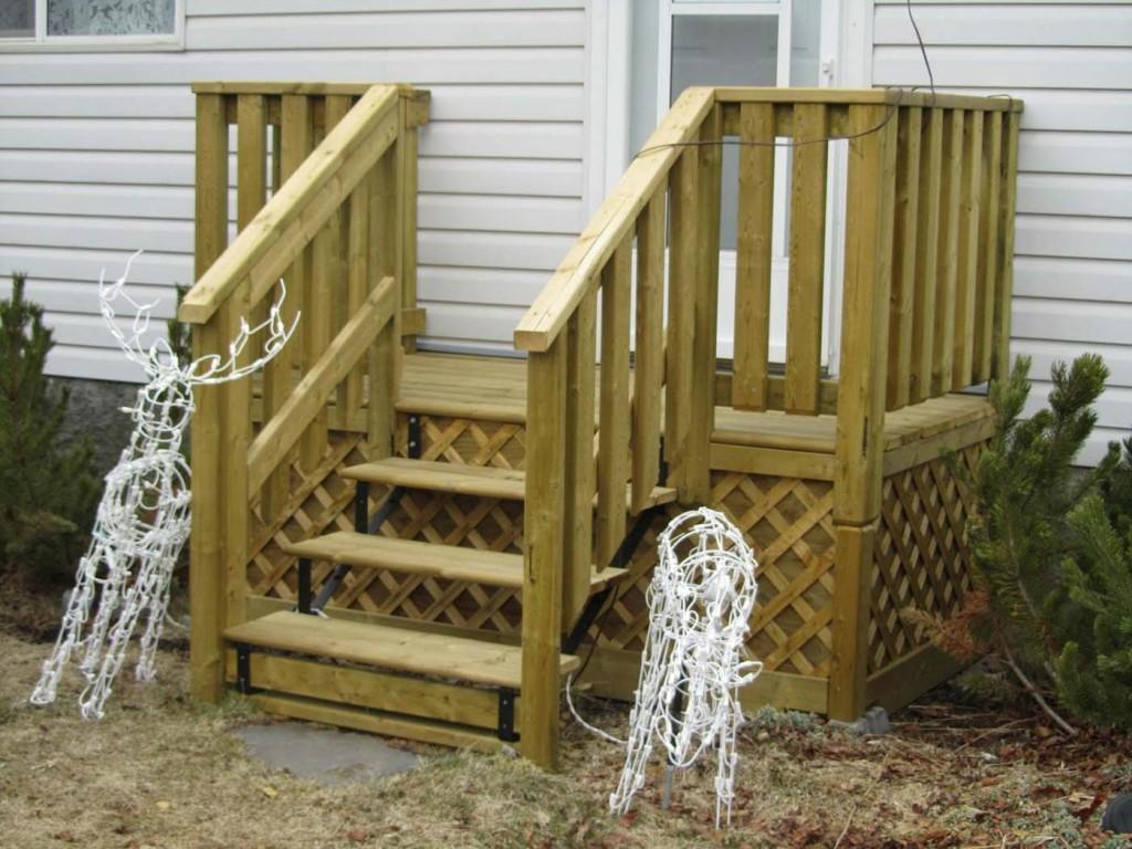 Image of: Better Deck Stair Railing Plan