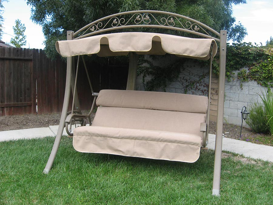 Image of: Deck Swings with Canopy Ideas