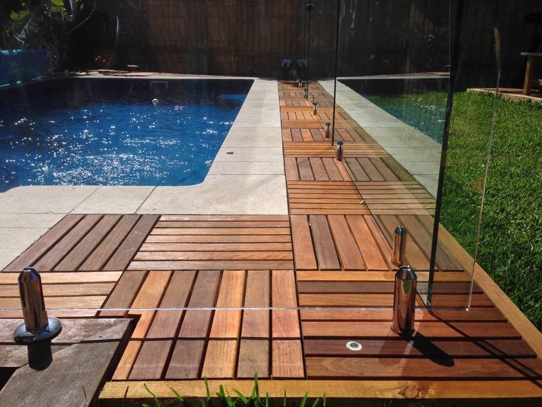 Image of: Decking Squares Design Ideas