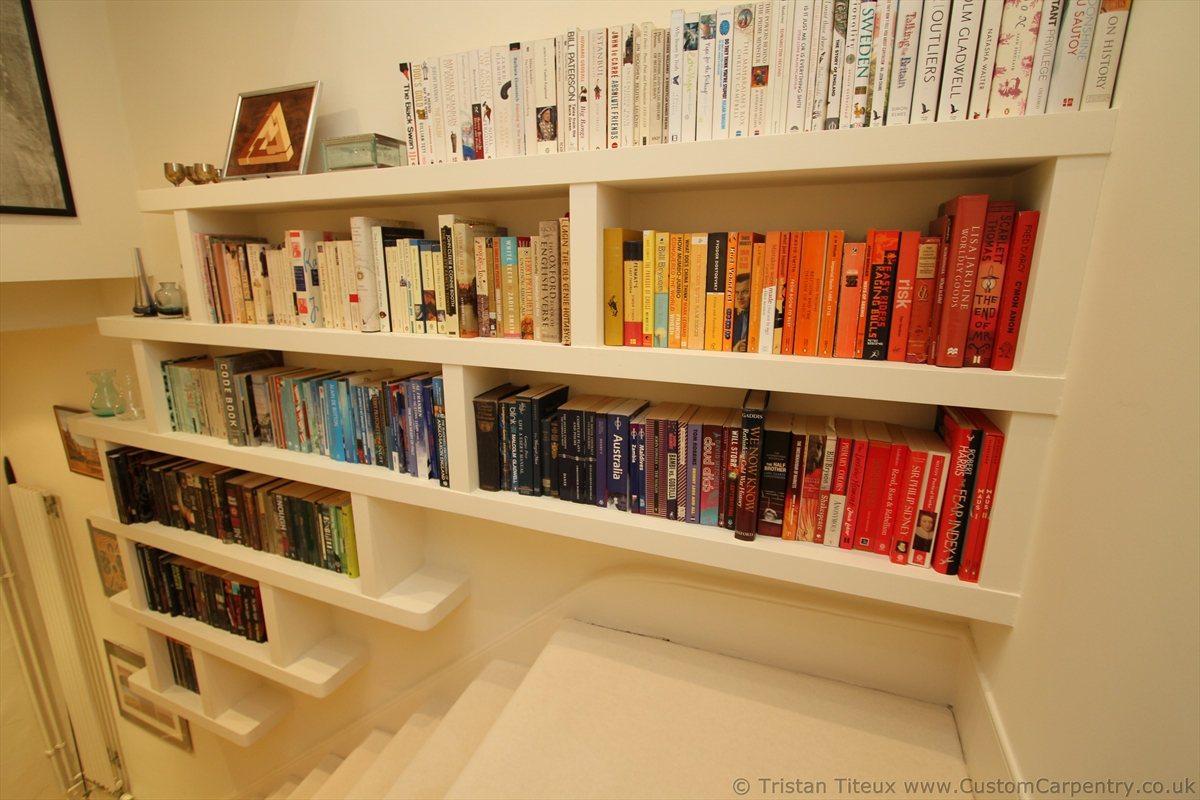 Design Smart Floating Bookcase