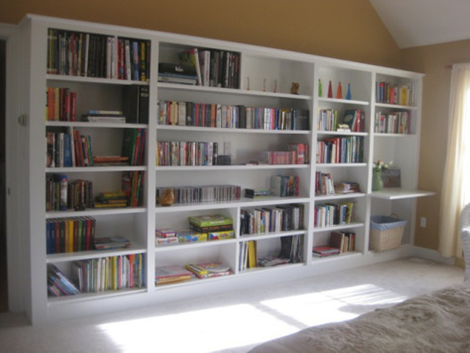 Image of: Diy built in bookcase wall