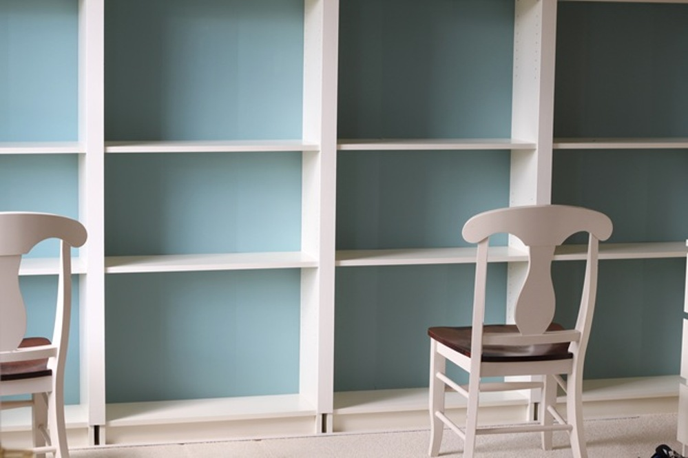 Image of: Diy built in bookcase with desk