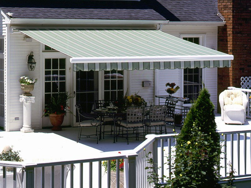 Image of: Elegant Retractable Deck Awnings