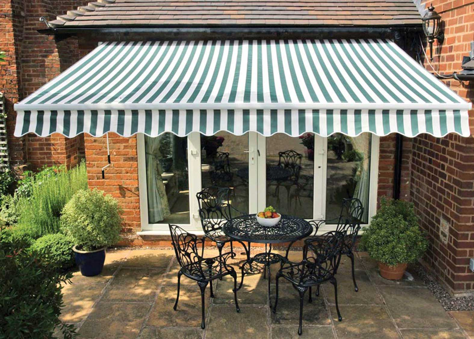 Image of: Famous Patio Awning
