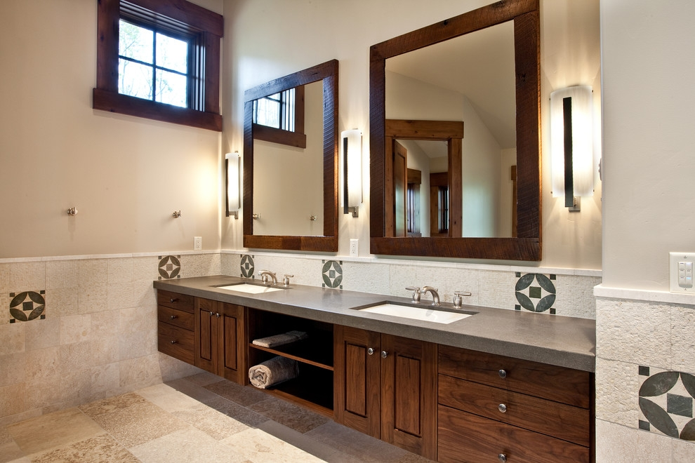 Image of: Famous Wood Framed Mirrors