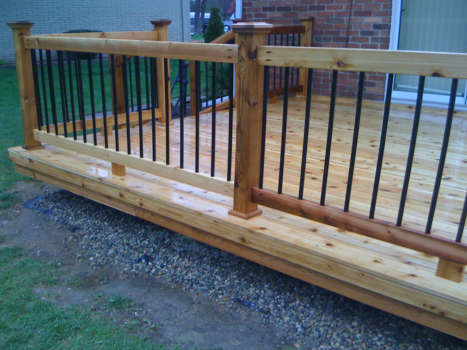 Image of: Ideas Metal Balusters For Deck