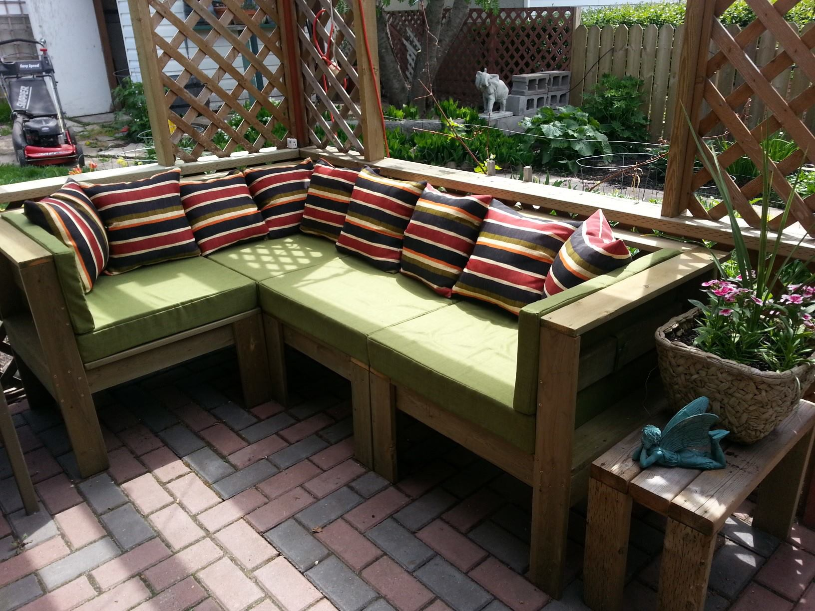 Ideas of Outdoor Sectional Furniture