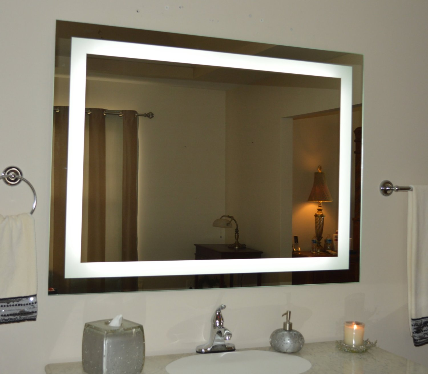 Image of: Ikea Lighted Makeup Mirror Wall Mounted
