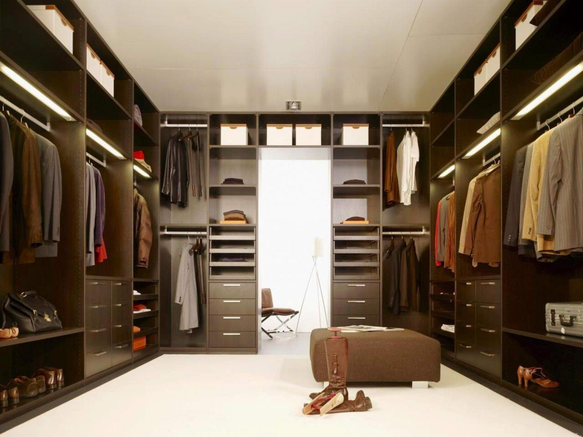 Image of: Italian Wardrobe Closets
