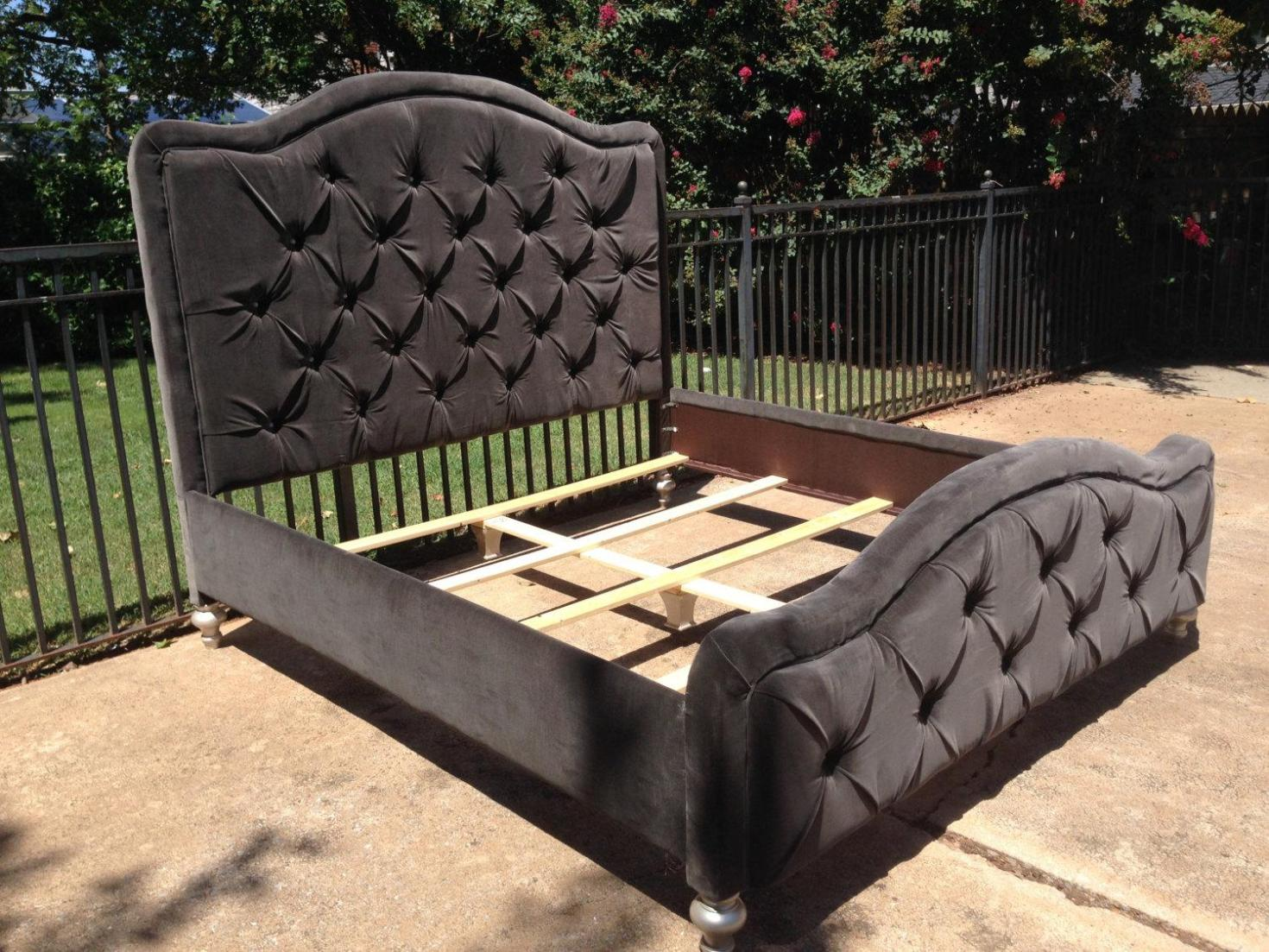 Image of: King Tufted Headboard and Footboard