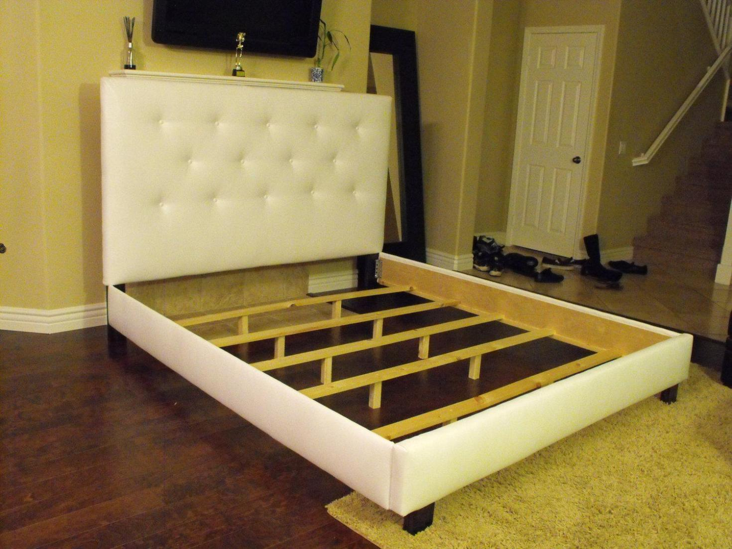 Image of: King Tufted Wingback Headboard