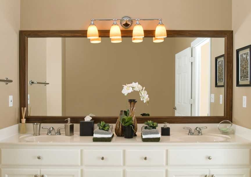 Image of: Large Bathroom Mirror Lamps