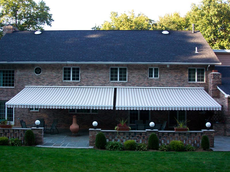 Image of: Large Retractable Deck Awnings
