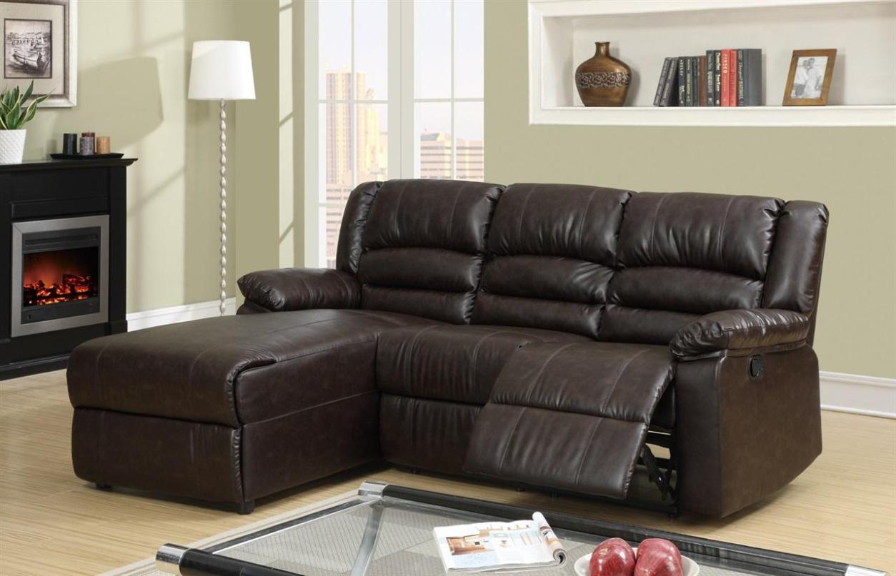 Image of: Leather Sectional Sofas With Recliners