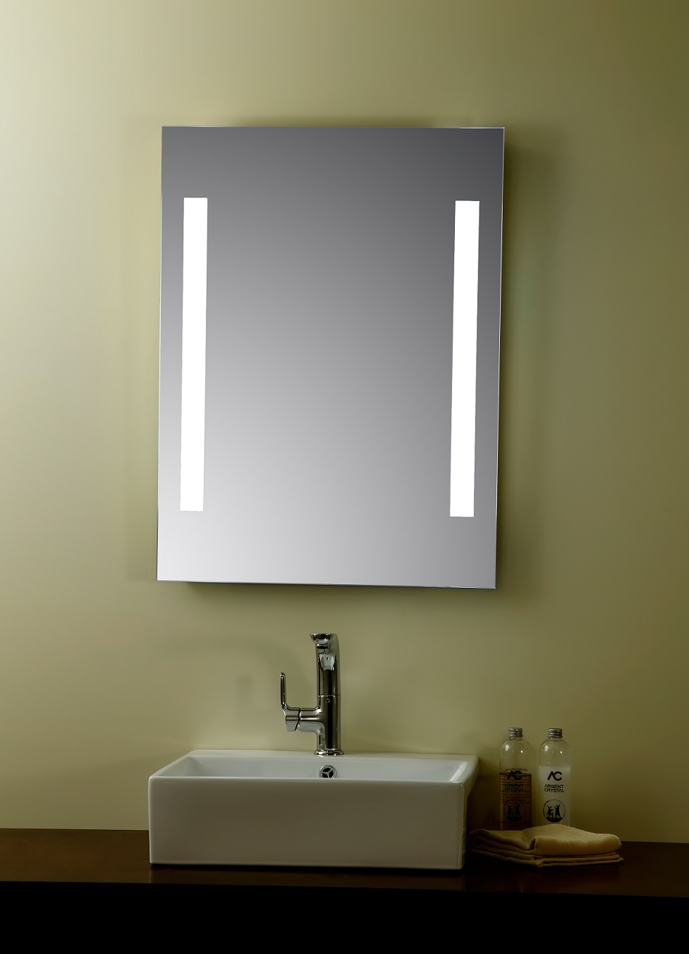 Image of: Lighted Vanity Mirror Led