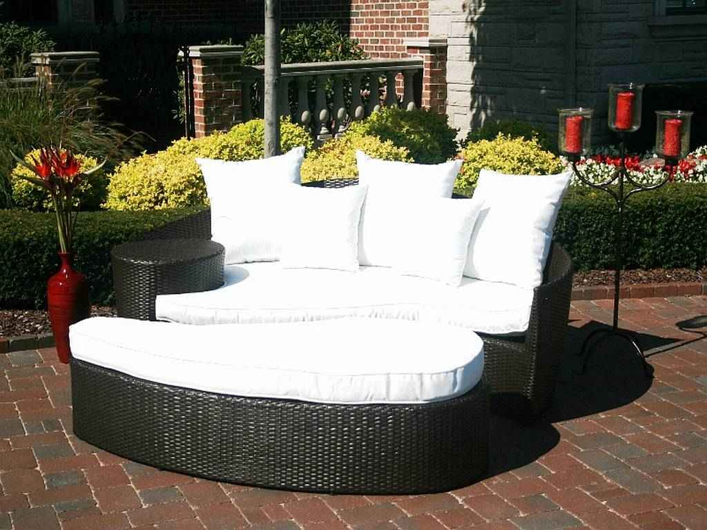 Image of: Luxury Wicker Patio Sets